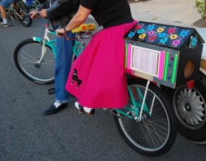 Bicycle-adapted juke box