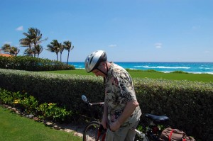 Bob pauses at first sight of ocean in Palm Beach