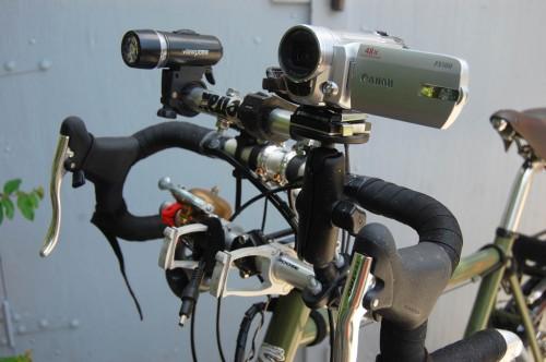 Canon FS100 camera on RAM mount on Surly Long Haul Trucker