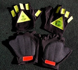 GG 3298 300x271 Glo Gloves Add Safety to Night Riding